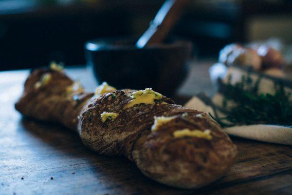 recette-pain-au-beurre-d-herbe-citron-pavot-traiteur-paca-ingrid-lepan-photographe-la-mariee-aux-pieds-nus-21