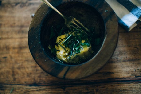 recette-pain-au-beurre-d-herbe-citron-pavot-traiteur-paca-ingrid-lepan-photographe-la-mariee-aux-pieds-nus-8